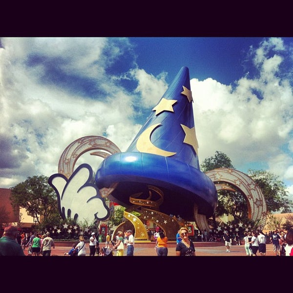 Photo taken at Disney's Hollywood Studios by Xavier R. on 4/19/2013