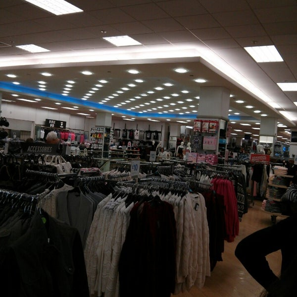 primark clothing store in southton
