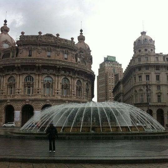 Foto scattata a Piazza de Ferrari da Alex F. il 10/28/2012