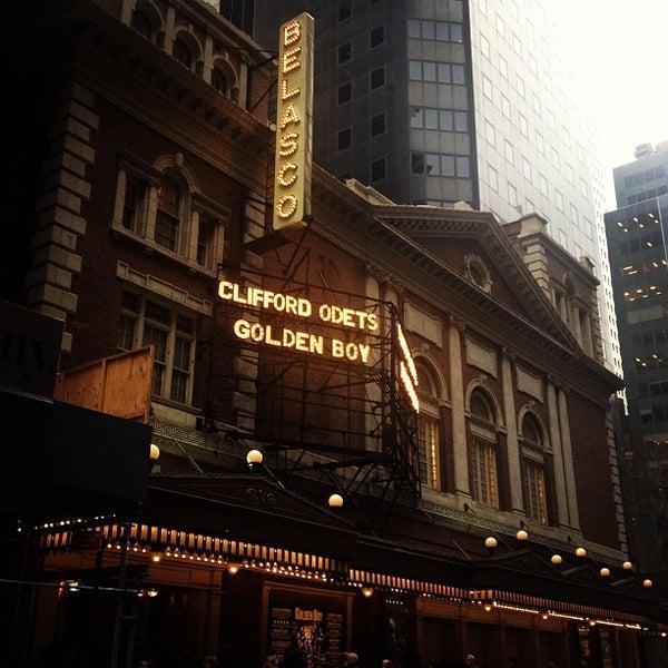 รูปภาพถ่ายที่ Belasco Theatre โดย Paul M. เมื่อ 1/9/2013