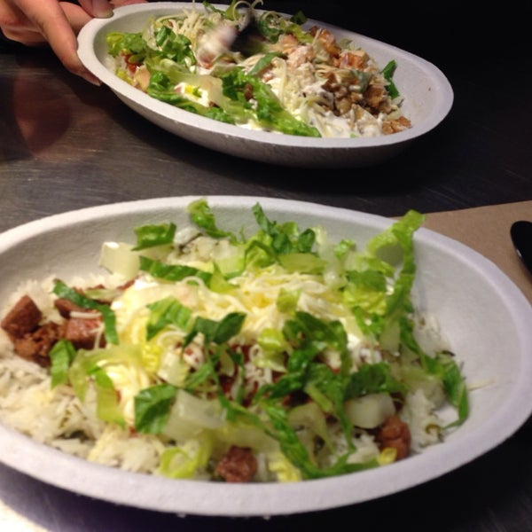 Photo taken at Chipotle Mexican Grill by Molly K. on 12/13/2013