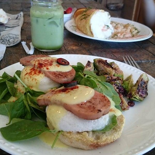 Side St Cafe Honolulu
