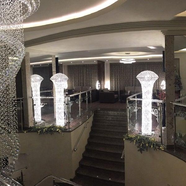 Снимок сделан в Premier Hotel Abri пользователем Hasan G. 1/5/2017