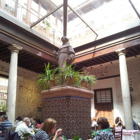 Foto tomada en Restaurante Placido por Juan G. el 9/29/2012