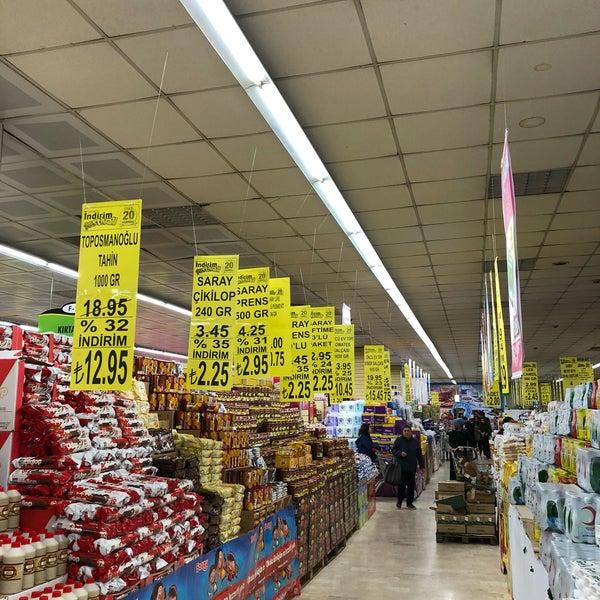 3/19/2018 tarihinde Trhnziyaretçi tarafından Iyaş Market'de çekilen fotoğraf