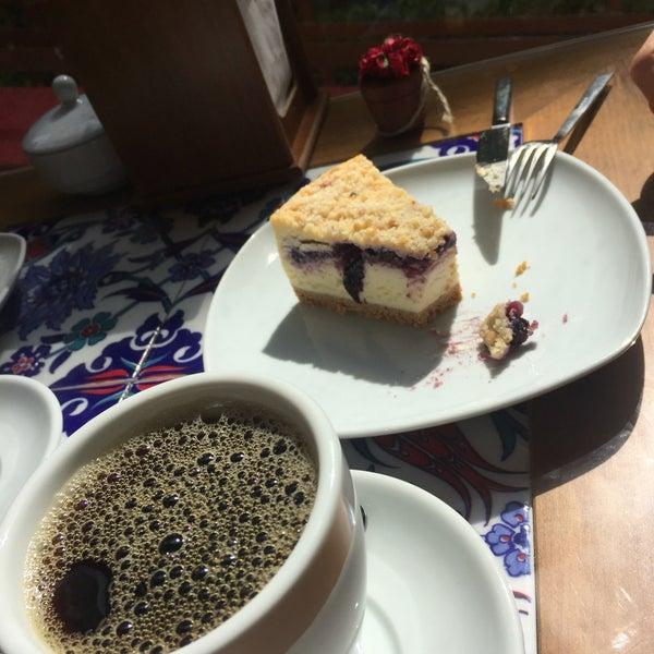 5/6/2016 tarihinde Burak K.ziyaretçi tarafından Maria's Cheesecakes'de çekilen fotoğraf