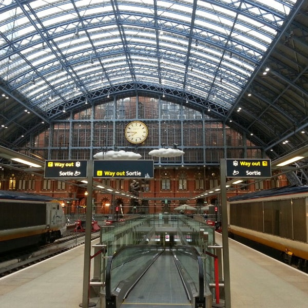 Photo taken at London St Pancras International Railway Station (STP) by Juan V. on 5/30/2013