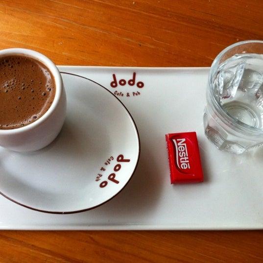 12/17/2012 tarihinde Giz Z.ziyaretçi tarafından Dodo Cafe & Pub'de çekilen fotoğraf