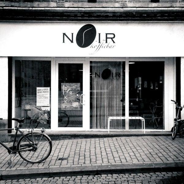 Photo taken at Noir Koffiebar by Ondrej K. on 3/9/2013