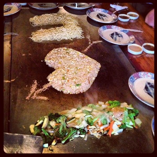 Photo taken at Mt. Fuji Japanese Steak House by H. C. on 3/31/2013