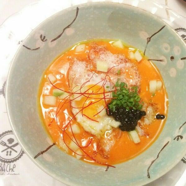 Foto tomada en Bache Restaurante por Rafa E. el 6/25/2016