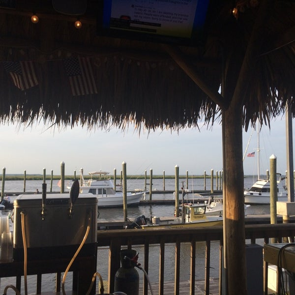 Fish tales tiki bar seafood restaurant for Fish tales restaurant