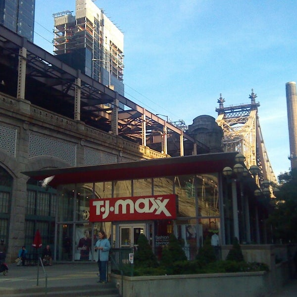 Complete TJ Maxx in New York Store Locator. List of all TJ Maxx locations in New York. Find hours of operation, street address, driving map, and contact information.
