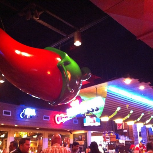 Photo taken at Chili's Grill & Bar by Viviana V. on 11/15/2012