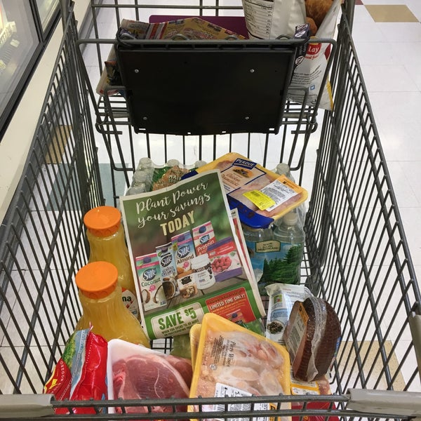 Photo taken at Stop & Shop by Big Ed on 1/22/2017
