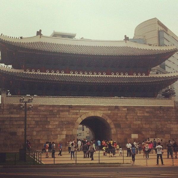 Photo taken at Sungnyemun by j.y.melek L. on 5/26/2013