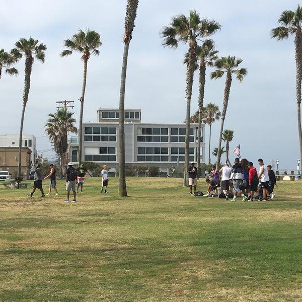 Foto tirada no(a) Mission Beach Park por David G. em 6/23/2016