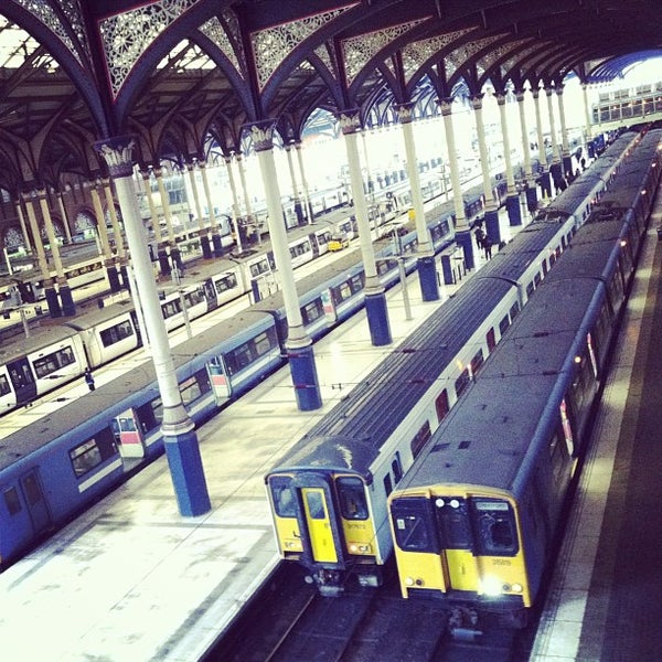 Photo taken at London Liverpool Street Railway Station (LST) by Ming Y. on 2/28/2013