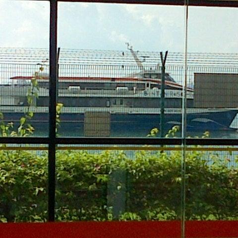 Das Foto wurde bei Tanah Merah Ferry Terminal von Sonny G. am 11/21/2012 aufgenommen