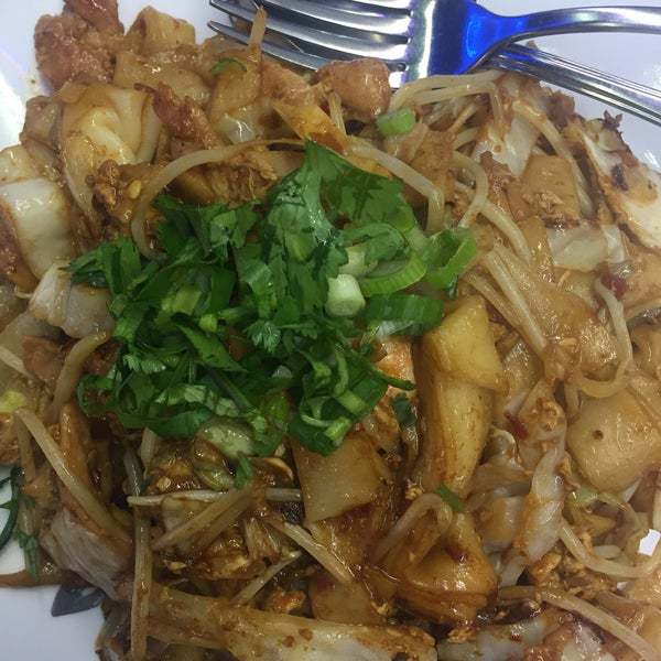 A satisfying Char Kway Teow, in a quirky diner setting. Will definitely be back to try the rest of the menu!