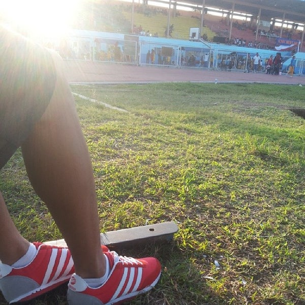 Photo taken at Iloilo Sports Complex by Jabs S. on 11/6/2013