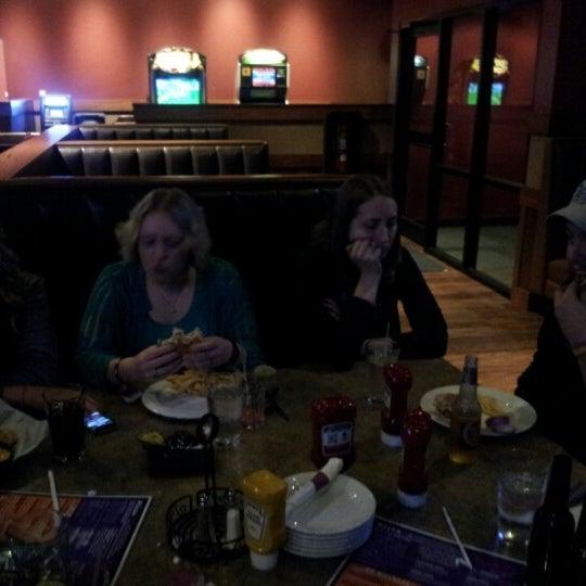 12/3/2012에 Lesley W.님이 QC Family Entertainment에서 찍은 사진