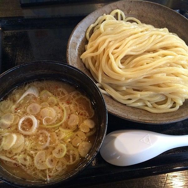 Photo taken at 三ツ矢堂製麺 下北沢店 by 武蔵小杉最強伝説 on 1/18/2014