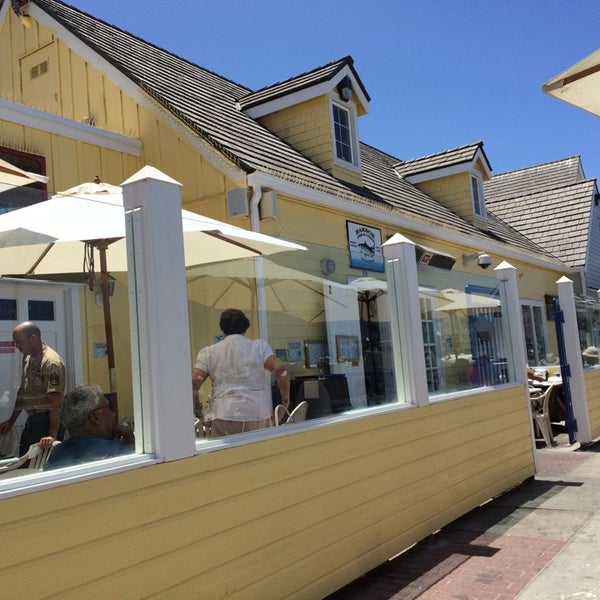 Photo taken at Harbor Fish and Chips by Jason V. on 6/19/2014