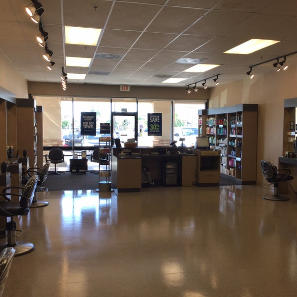 Supercuts salon barbershop in san marcos for 77 salon portland
