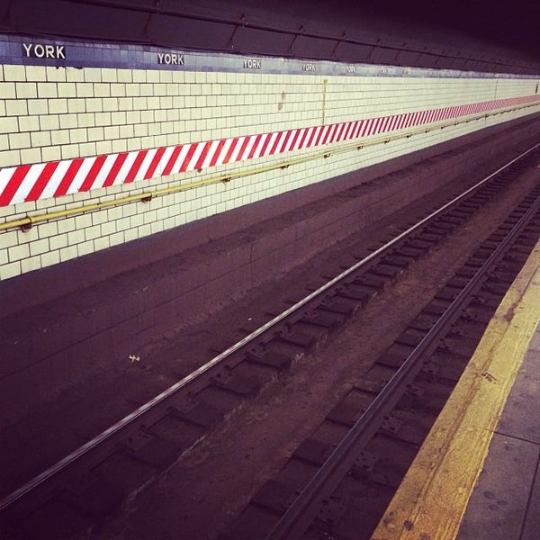 Photo taken at MTA Subway - York St (F) by Todd L. on 12/5/2013