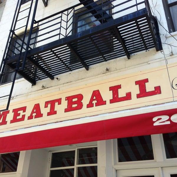 Photo prise au The Meatball Shop par Jill L. le4/6/2013