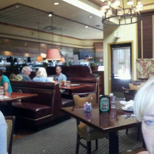 Photo taken at Hof's Hut by Joseph D. on 7/11/2012