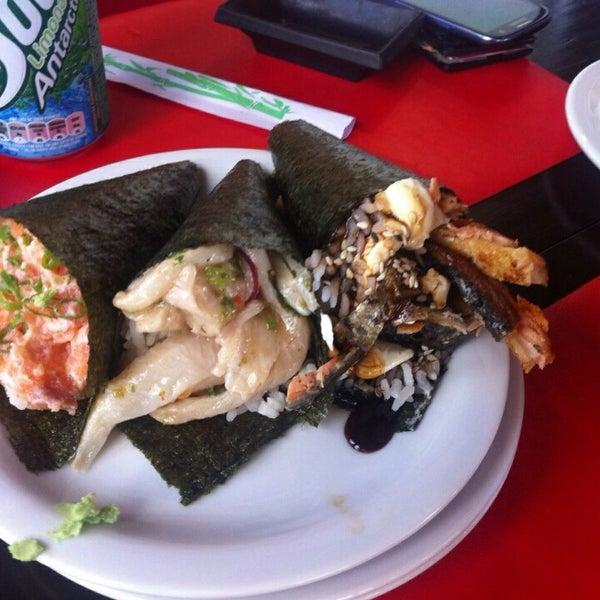 Foto tirada no(a) Hachi Japonese Food por Rodrigo Z. em 2/19/2015