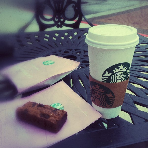 Photo taken at Starbucks by Brian S. on 6/13/2015