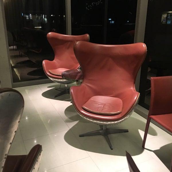 Photo Prise Au Aston Dining Room Amp Bar Par Muangman D Le10