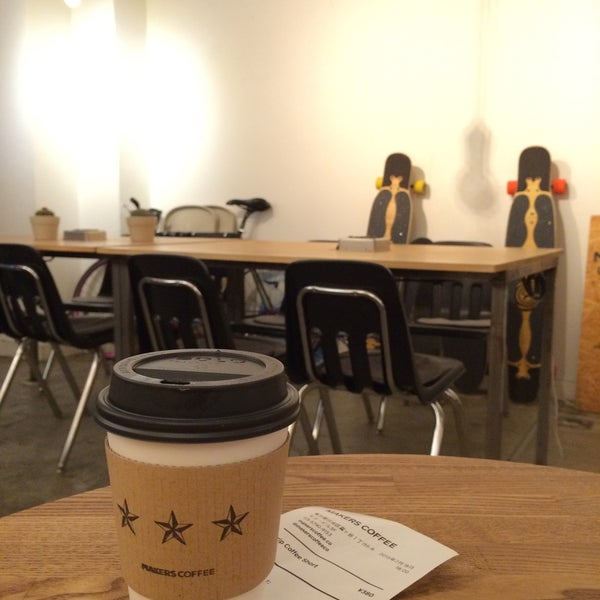 Photo taken at MAKERS COFFEE by kaoling on 2/18/2015