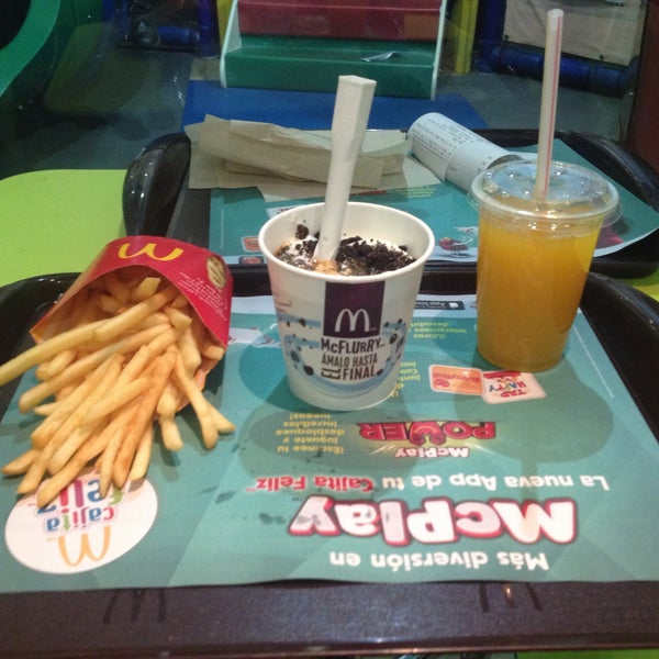 Photo taken at McDonald's by Chula C. on 8/1/2016