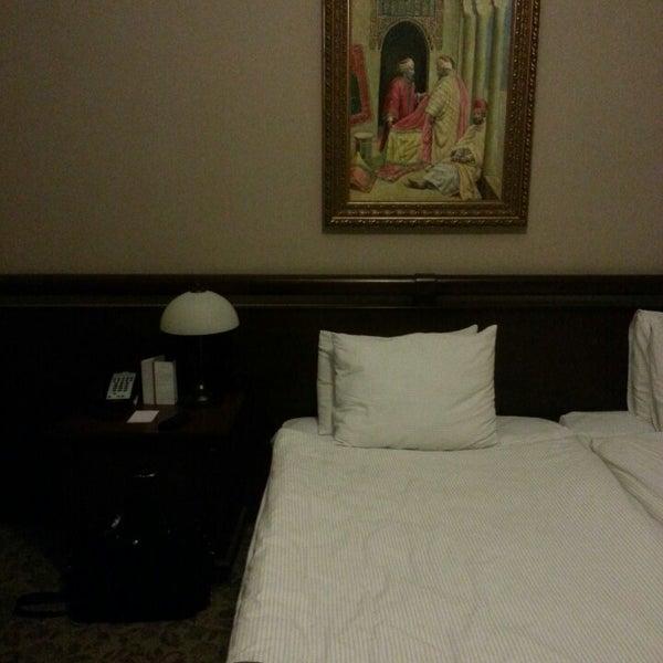 5/22/2013 tarihinde Tatsuya T.ziyaretçi tarafından Legacy Ottoman Hotel'de çekilen fotoğraf