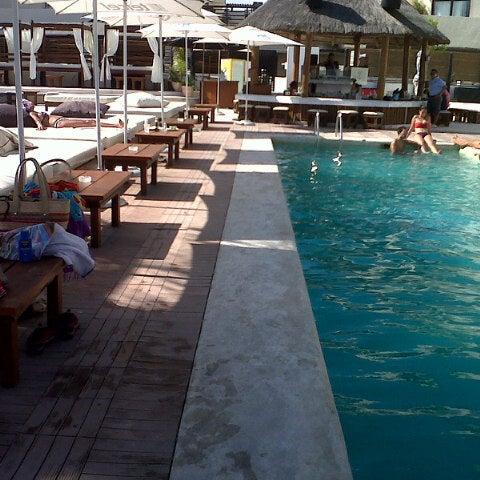 Foto tomada en Kool Beach Club por Ireri el 2/9/2013