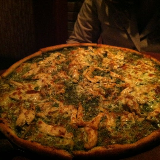Great Pizza!! Chicken pesto.