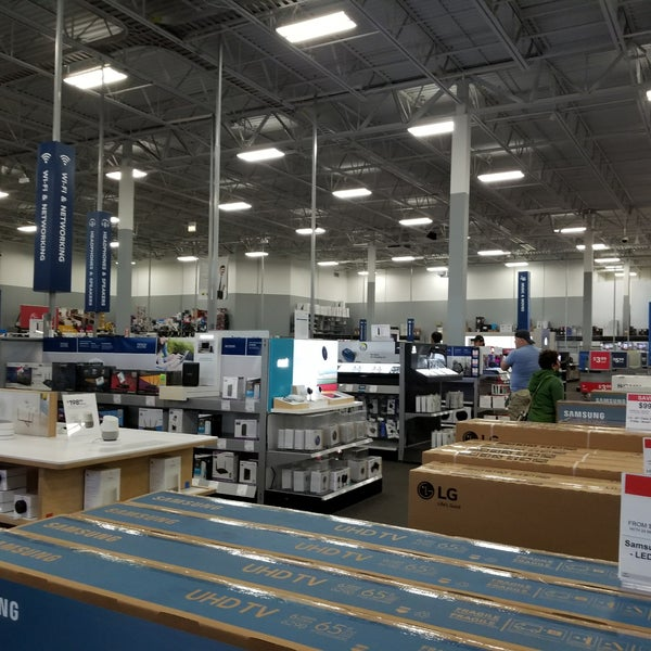 best buy electronics store in chicago. Black Bedroom Furniture Sets. Home Design Ideas