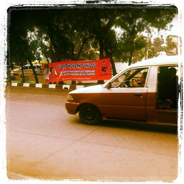 Photo taken at Institut Ilmu Sosial dan Ilmu Politik (IISIP) by Ade S. on 6/10/2013