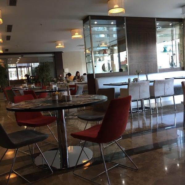 6/5/2016 tarihinde Aydın Ü.ziyaretçi tarafından Demora Hotel'de çekilen fotoğraf