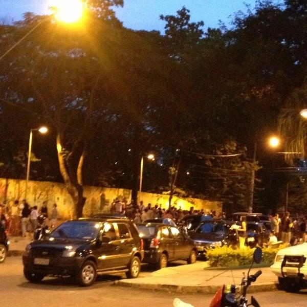 Foto tirada no(a) Parada do Cardoso por Dade F. em 1/13/2013