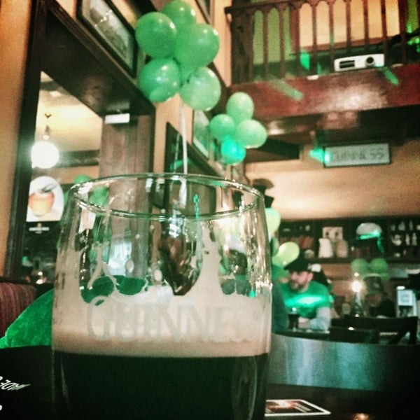 Foto tirada no(a) Fritzpatrick's Irish Pub por Stefan em 3/17/2017