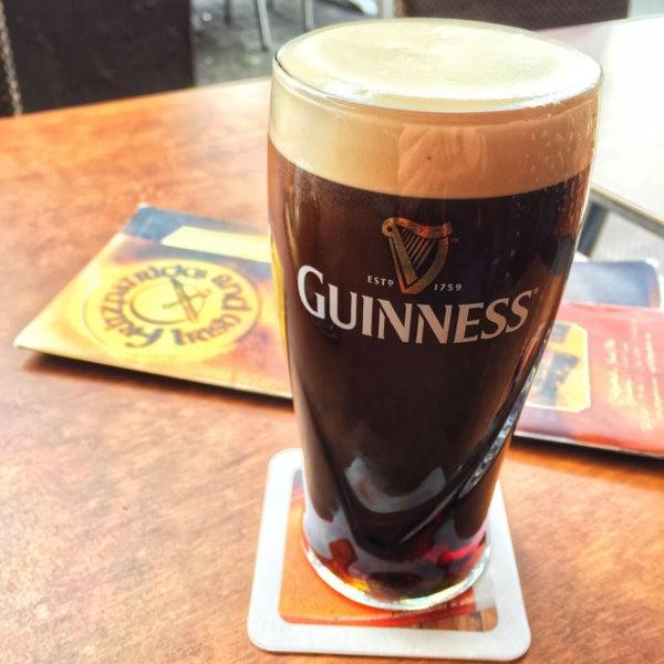 Foto tirada no(a) Fritzpatrick's Irish Pub por Stefan em 10/21/2017