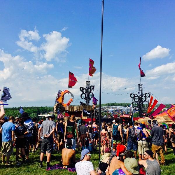 Photo taken at Woodstock Festival Concert Site/Monument by Ruben V. on 6/11/2016