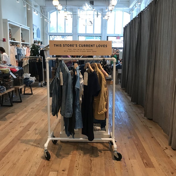 Photo taken at Madewell by Christine A. on 6/11/2017
