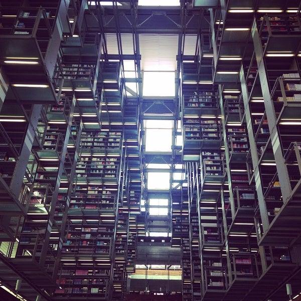 Photo taken at Biblioteca Vasconcelos by fancyblue on 4/10/2015