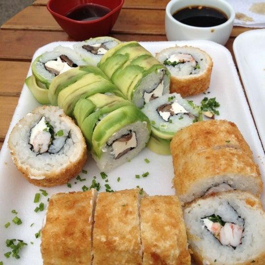 10/8/2012 tarihinde Alex C.ziyaretçi tarafından Nagai Sushi'de çekilen fotoğraf